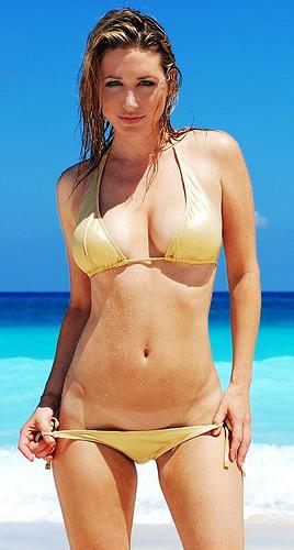 chica guapa bikini: